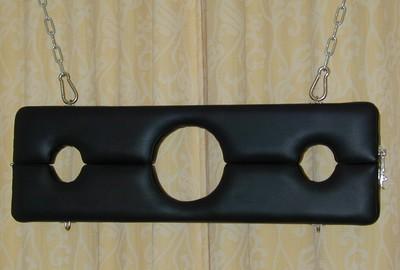 Schandblok ophangbaar zwart
